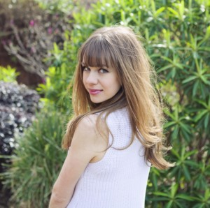 Laura Yates